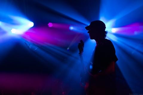 umphreys mcgee live music bass silhouette